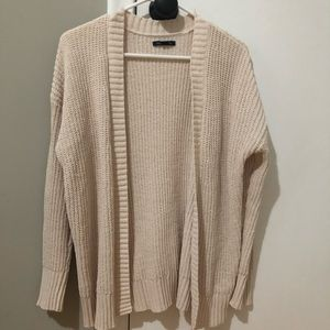 American Eagle Cream-Colored Cardigan